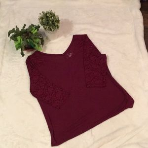 Cute Lane Bryant 3/4 Lace Sleeve Top